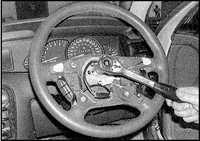 12.21 Рулевое колесо Opel Omega
