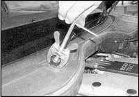 14.15 Рычаги стеклоочистителей Opel Omega