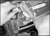14.24 Элементы системы воздушных подушек безопасности Opel Omega