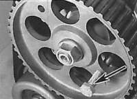 5.5 Верхняя мертвая точка (ВМТ) поршня первого цилиндра Opel Vectra A