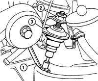 7.22 Регулировка амортизатора дроссельной заслонки на моделях с автоматической коробкой передач