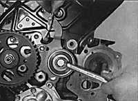 3.3.9 Механизм натяжения зубчатого ремня и шкивы Opel Vectra B