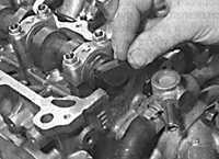 3.3.5 Крышка головки блока цилиндров Opel Vectra B