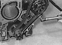 3.4.8 Крышка цепи Opel Vectra B