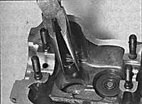 3.5.6 Разборка головки блока цилиндров Opel Vectra B