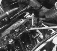 2.10 Проверка и регулировка зазора клапанного механизма