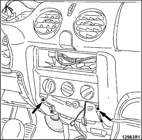 1.  Панель управления Renault Kangoo