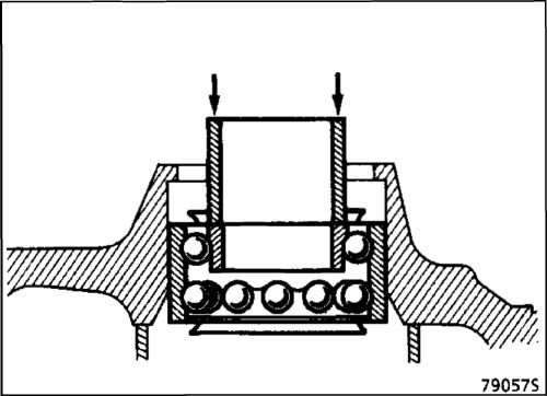 5.  Подшипник ступицы Renault Kangoo