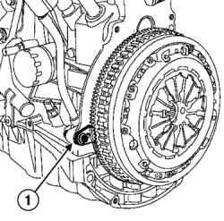 3.8 Снятие и установка кожуха и ведомого диска сцепления (двигатели K4J и К4М)