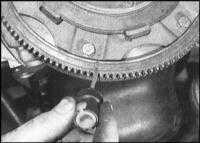 8.4 Снятие, проверка состояния и установка сборки сцепления