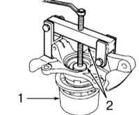 10.8 Снятие и установка сборки поворотного кулака, обслуживание ступичной сборки