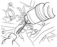 8.4 Снятие и установка трансмиссионной сборки Subaru Legacy Outback