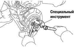 3.4.6 Замена болта ступицы переднего колеса