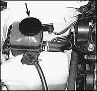 2.6 Проверка уровня жидкости системы гидроусиления рулевого управления
