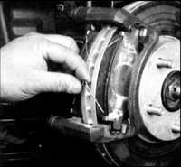 9.3 Тормозные колодки передних тормозов Toyota Corolla