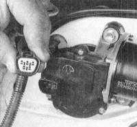 14.17 Проверка исправности функционирования, замена электромотора привода   стеклоочистителей и насоса омывателей