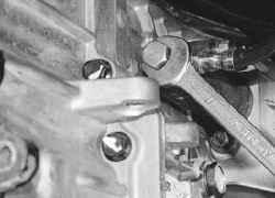 6.1.9 Замена рабочего цилиндра привода выключения сцепления