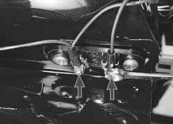 10.15.3 Замена дополнительного резистора отопителя