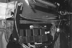 11.4 Снятие и установка передних крыльев УАЗ 31519