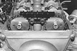 5.8 Установка поршня первого цилиндра в положение ВМТ такта сжатия УАЗ 31519