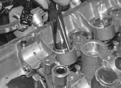 5.14.3 Замена гидротолкателей зазоров в механизме привода клапанов УАЗ 31519
