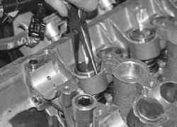 5.14.5 Разборка, ремонт и сборка головки блока цилиндров УАЗ 31519
