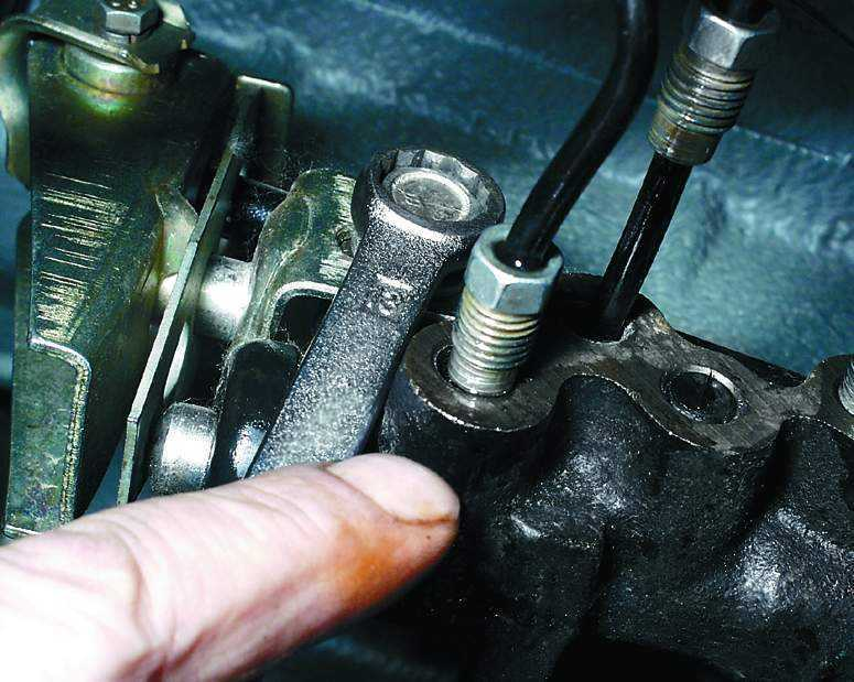 Фото №16 - ВАЗ 2110 регулятор давления