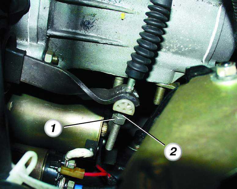 Фото №16 - как смазать тросик сцепления ВАЗ 2110