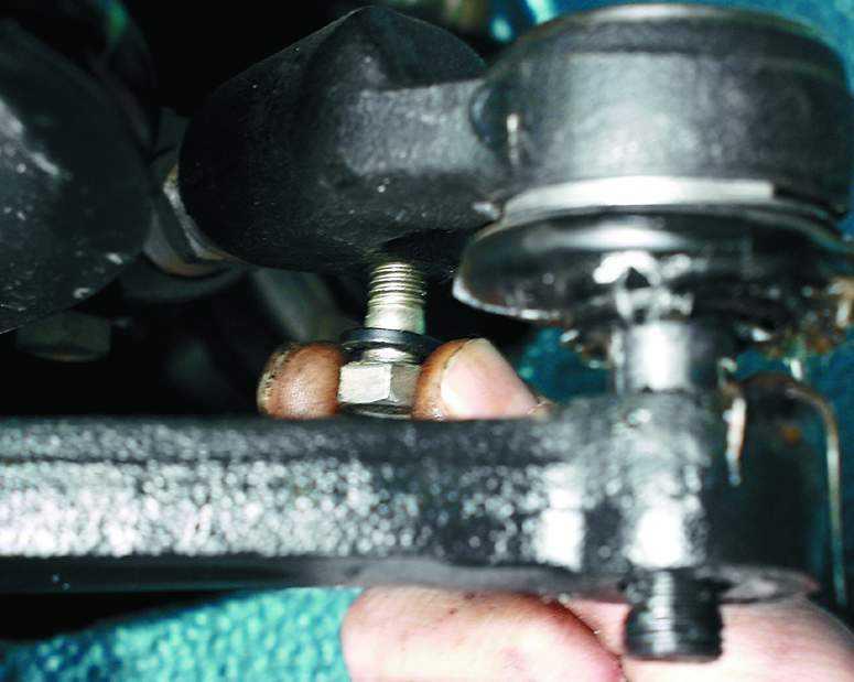 Замена рулевых наконечников на ваз 2110 своими руками видео