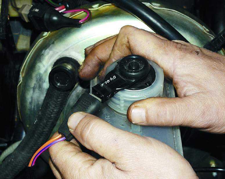 Фото №11 - как проверить вакумник на ВАЗ 2110