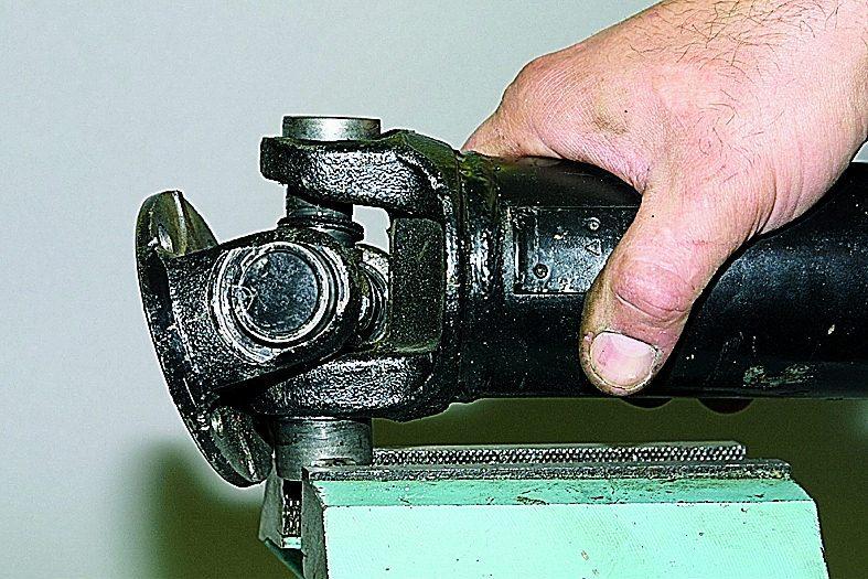 Карданный вал шевроле нива ремонт своими руками