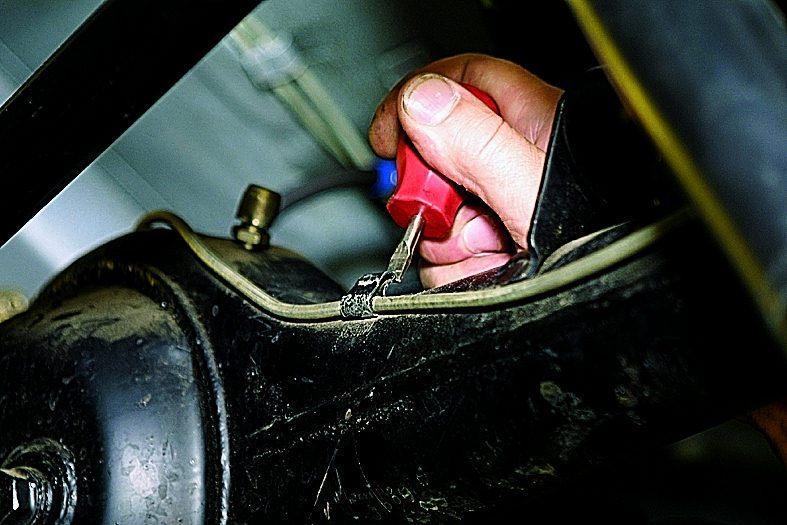 Замена тормозных трубок своими руками ваз 2110