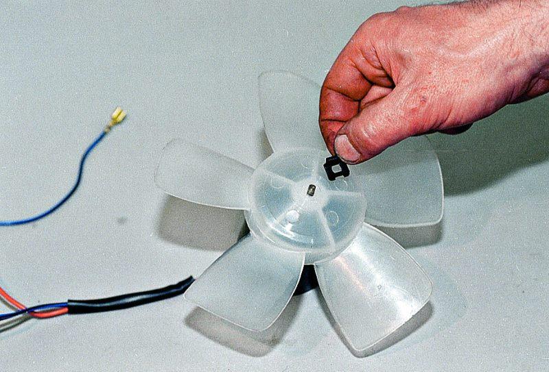 Замена вентилятора печки ваз 21213 своими руками 98