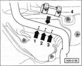 14.6.2 Снятие цельной системы выпуска с предварительным и последующим глушителями